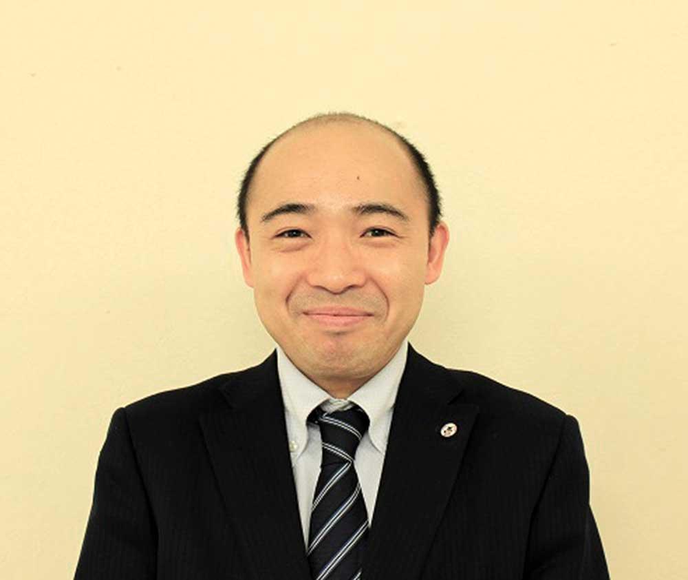 村中秀史 | 宮崎市周辺の不動産をお探しなら株式会社マエムラにお任せ下さい。