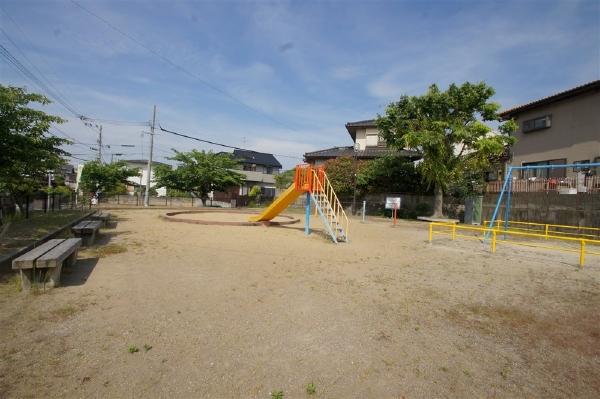 裏の前公園